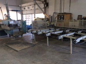 Ligne de débitage pour bois de planchers