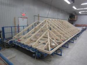 Table assemblage ferme de toit