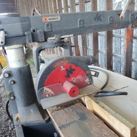 Scie radial Dewalt 14 pouces de lame 600 volts